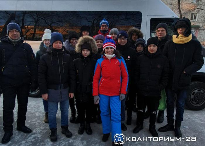 Ученики «Кванториум-28» Свободного отправились на образовательную сессию «Больших вызовов»