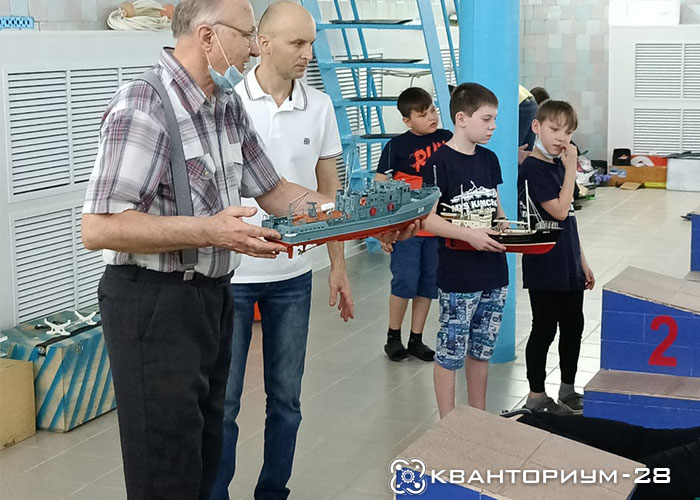 Наставники технопарка «Кванториум-28» работают на Всероссийской научно-технической олимпиаде по судомоделированию
