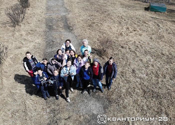 «А можно нам еще уроков?»: школьники Поздеевки попросили наставника «Кванториум-28» о дополнительных занятиях