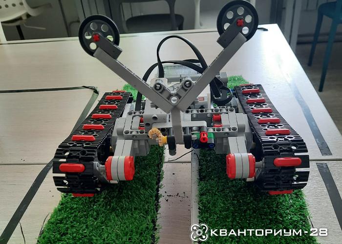 Амурские кванторианцы примут участие в региональном «Танковом робо-биатлоне»
