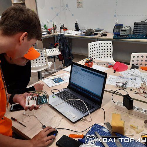 Участники «ИзобретариУМа» начали реализовывать свои проекты